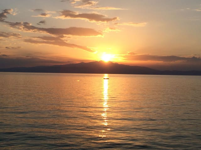 Sunsets in Thassos Studio