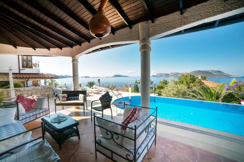 Our beautiful and spacious veranda!
