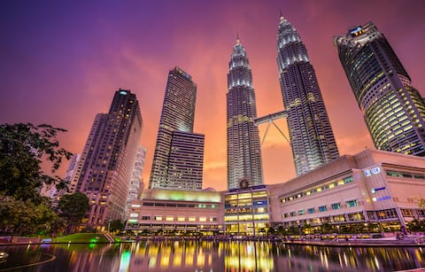 900m to KLCC & Twin Tower