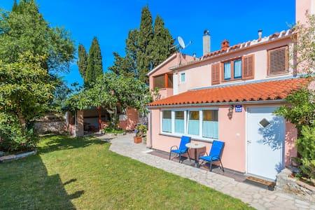 Apartman Rakić, Premantura Selo 71