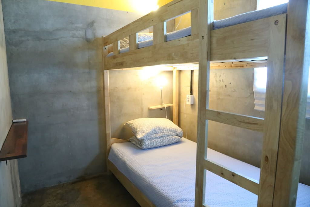 twin bunker bed