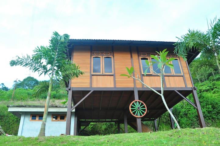 Rumah Ttorre Bungalow