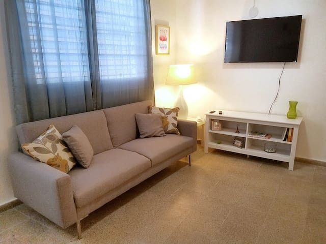 Lovely Apt on Main Street of Vibrant Santurce!
