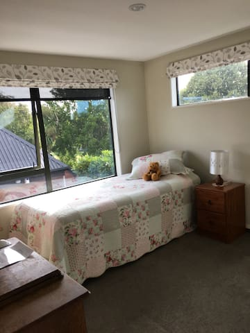 Cozy Room for One or Two - Christchurch - Casa