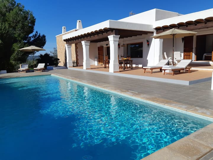 Villa Santa Eulalia 422