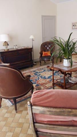 """Suite Duplex """"Vieux Robin"""" - Bégadan - Apartamento"""