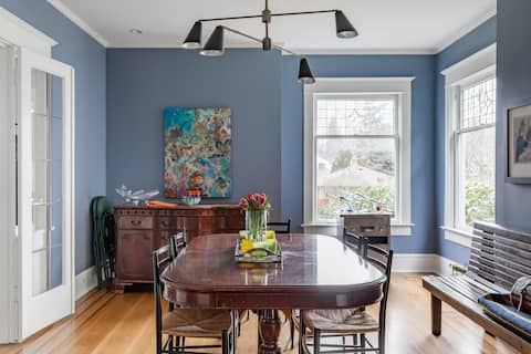 Light-Filled Room in 1908 Victorian in Hip Capitol Hill