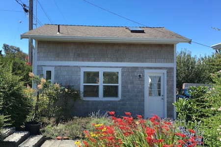 Quiet Private Studio With All the Amenities - Anacortes