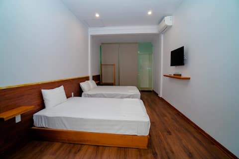 Seasand Homestay_Private Room 3pax Son Doong