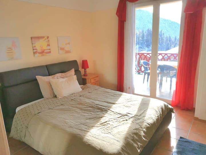 Sunny Apartment for your Family Mountain Holiday