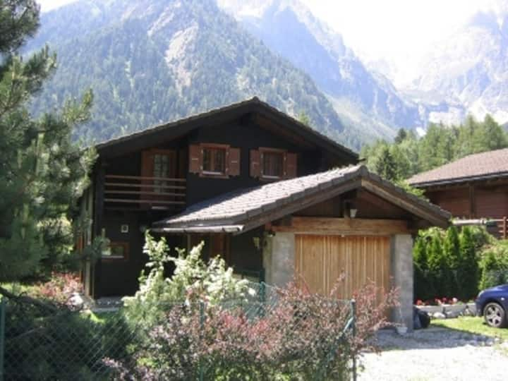 Comfortable chalet in an idyllic area.