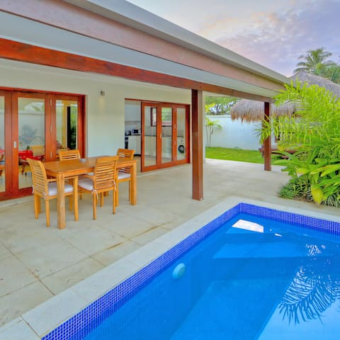 Lagoon Villa close to town and Lagoon access - Port Vila