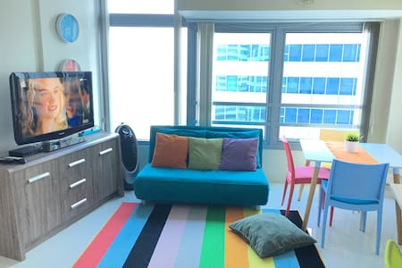 1 Bedroom Condo Unit w/ free parking - Quezon City - Condominium