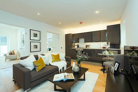 Beautiful newly refurbished, 10 mins from Kings X - Apartemen