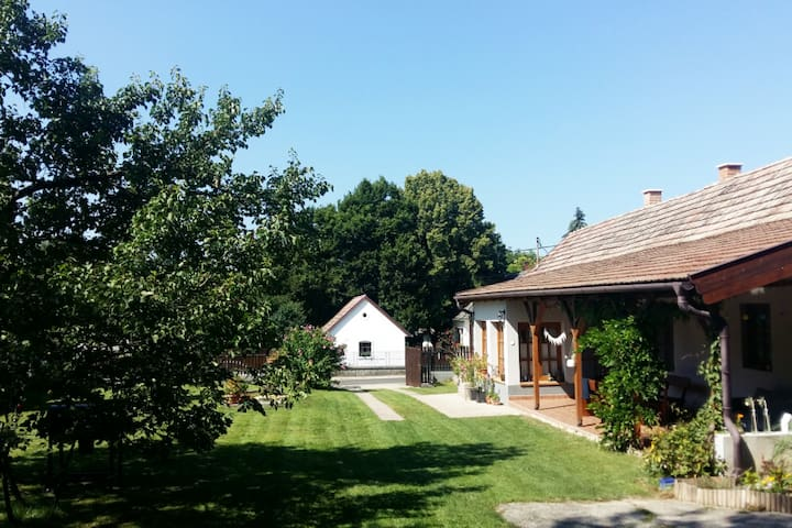 Slow Life Country Home at lake Balaton