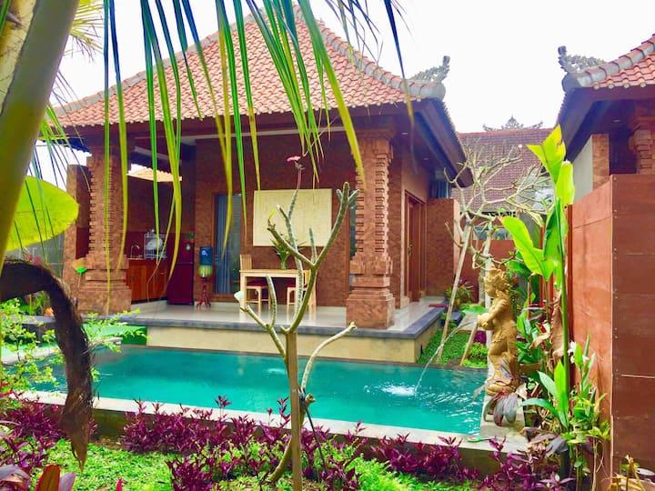 Vila mahesa/sandat. 1.bedroom private pool in ubud