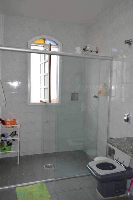 Banheiro compartilhado!