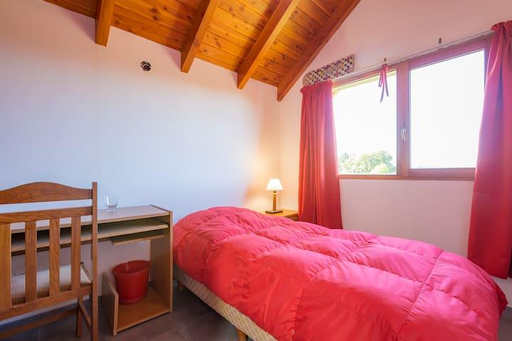 Habitación privada para 1 persona - San Carlos de Bariloche - Bed & Breakfast