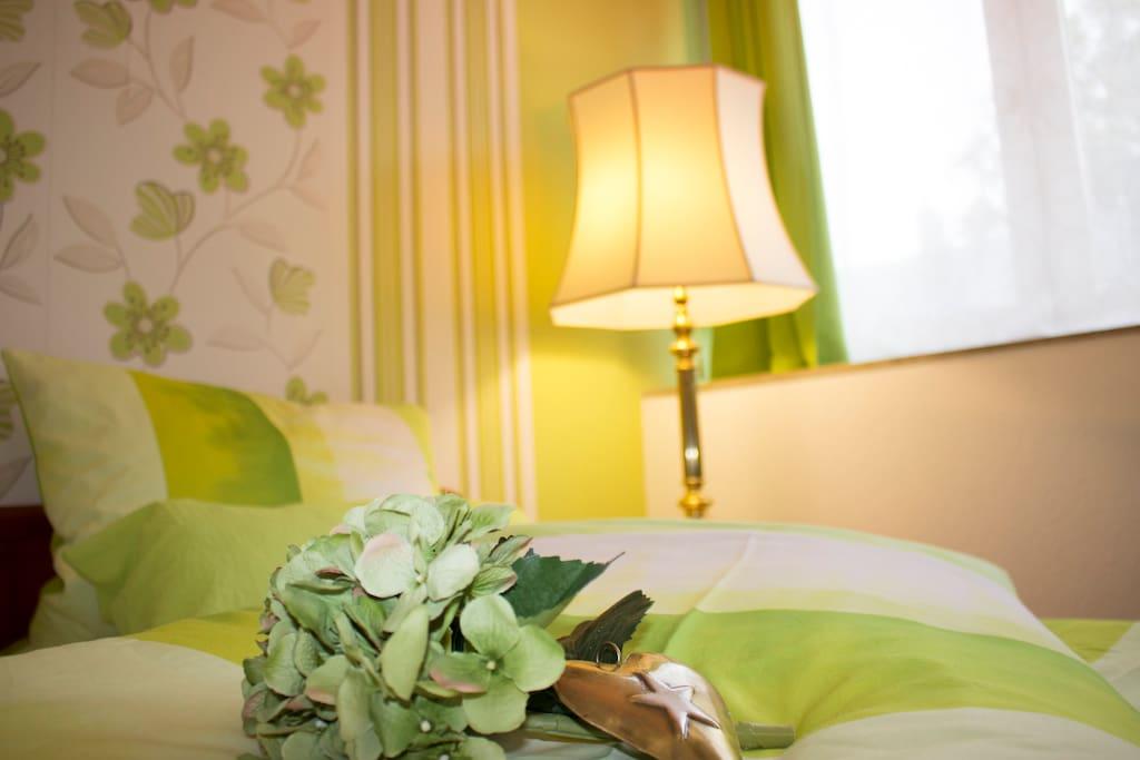 Modernes und fröhliches Ambiente - fühlen Sie sich wie zuhause!Gästewohnung Mönchengladbach, Apartment, Ferienwohnung, Flughafen, Messe, Düsseldorf, Köln, Borussia Mönchengladbach