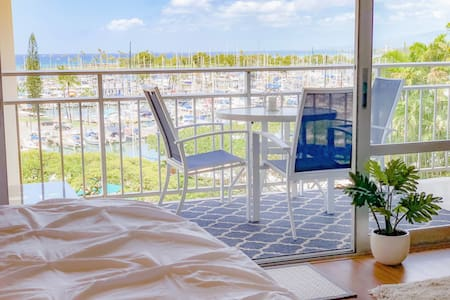 ★Panoramic OCEAN VIEW Junior Suite + FREE Parking