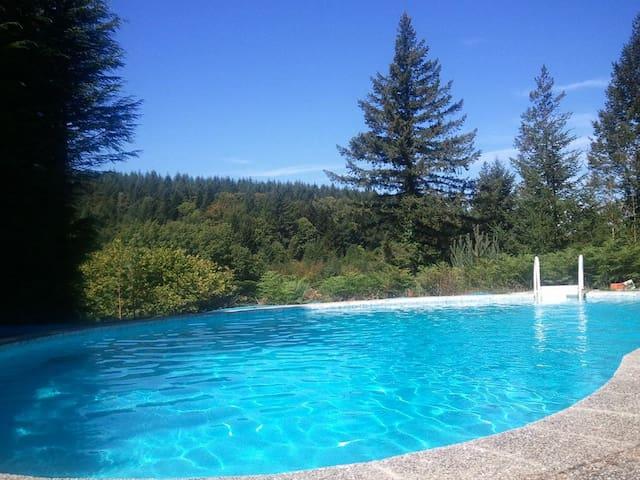 maison de famille à la campagne avec piscine - Saint-Pierre-Bellevue - Dom