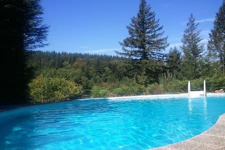 maison de famille à la campagne avec piscine - Saint-Pierre-Bellevue - Ev
