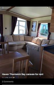 Thornwick bay Caravan holiday let - Flamborough