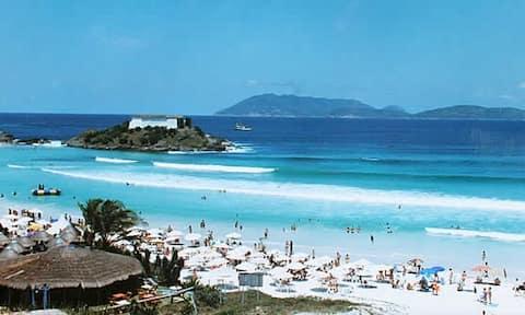 Apart Cabo Frio (Praia do Forte - 90 m)  -INCREDIBLE