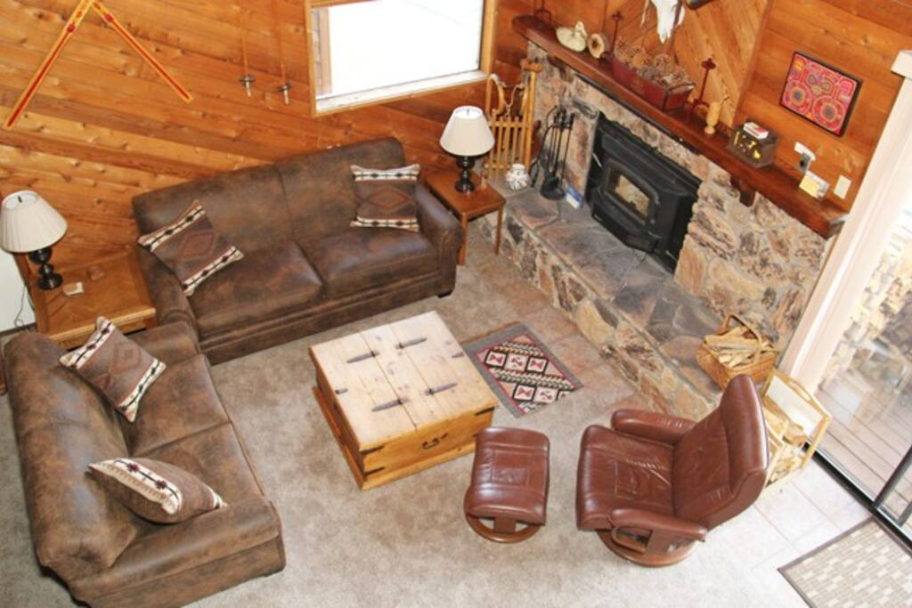 Mammoth Lakes Vacation Rental Snowflower 15 - Living Room View from the Loft