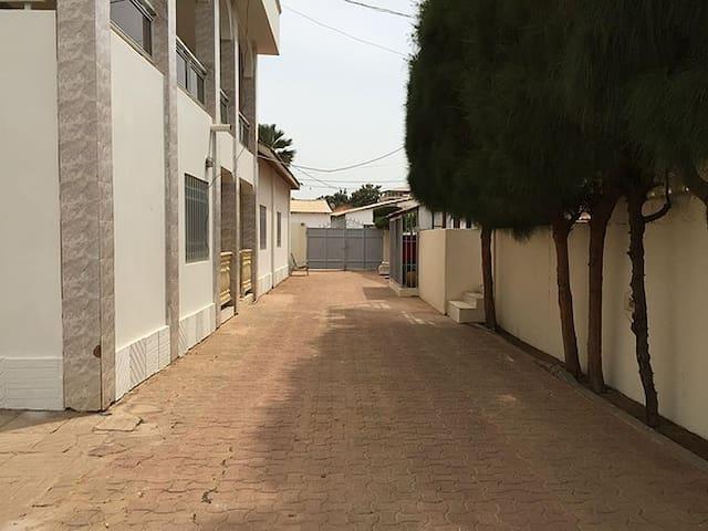 Baba's Residence - Serrekunda - Apartment