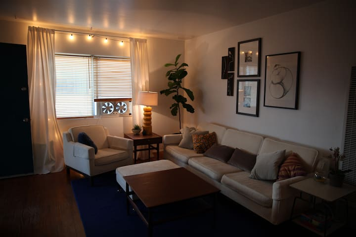 Bayside apartment comfort and location.