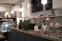 Un bon café? Foncez chez Station W, ils ont une jolie terrasse sur Wellington durant l'été!  https://www.station-w.com/verdun