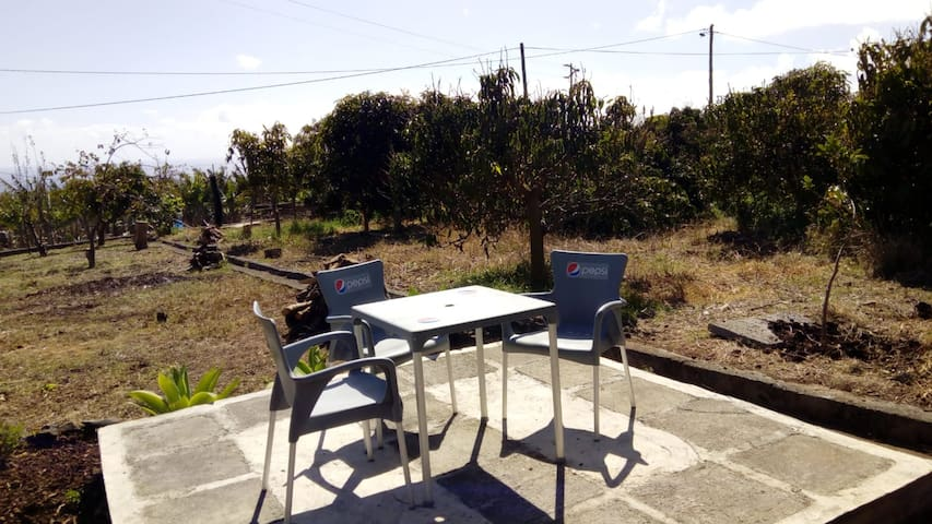 Bonita villa con terraza & Wifi