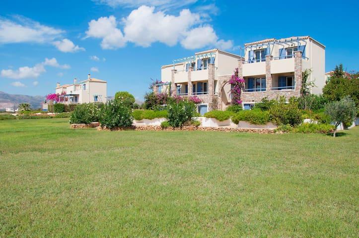 Neapoli Beachfront Villa for 6