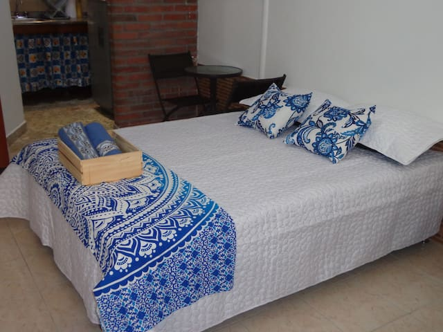 Small Studio - Best Location , Close to poblado