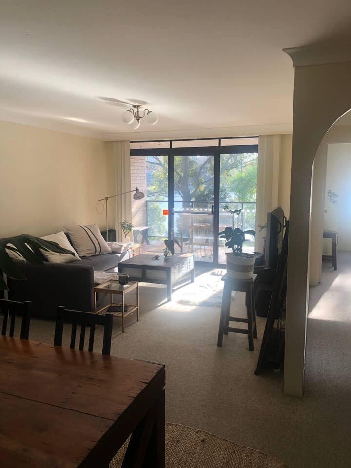 Cozy and bright bedroom in Glebe