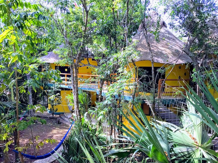 Treehouse B&B Chakte