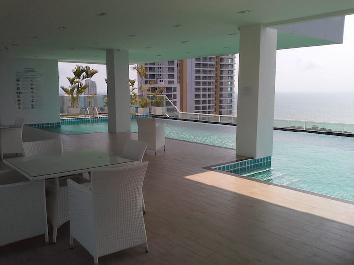 1302 The View Cosy Beach Residence