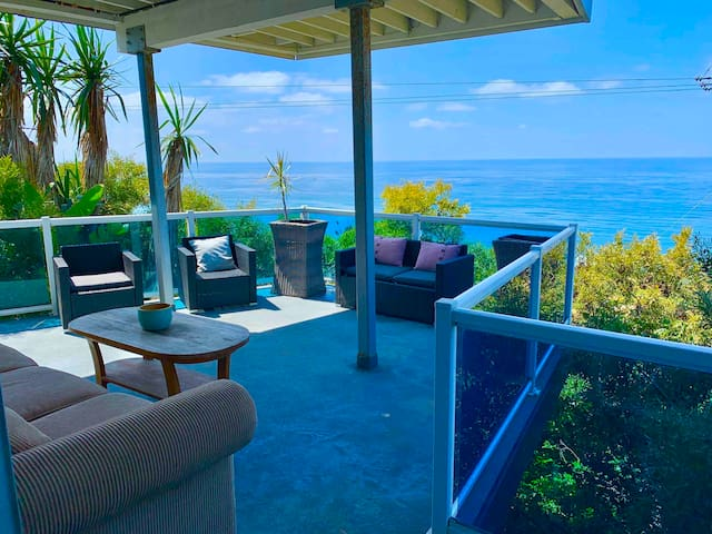 Oceanfront Honeymoon Zen Retreat Huge Private Deck