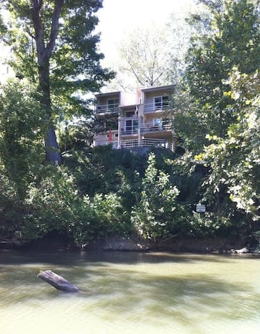 """Enjoy """"The Riverhouse,"""" A Stunning Vacation Home! - Prospect - House"""
