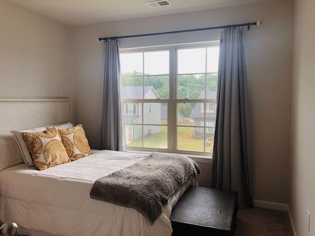 Cozy Room near Clemson