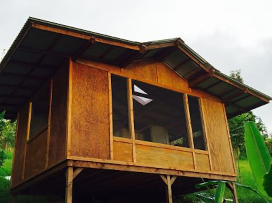 The Teahouse Cottage on Honaunau Farm Wellness Retreat