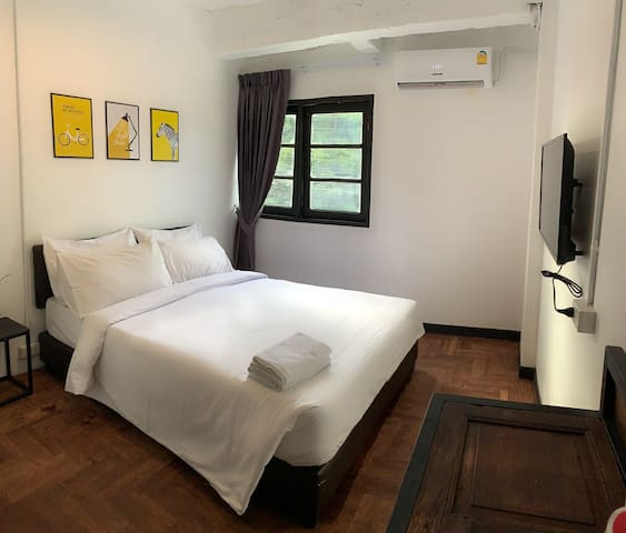 G2015 Chic private room B near BTS E12 Aircon/WIFI
