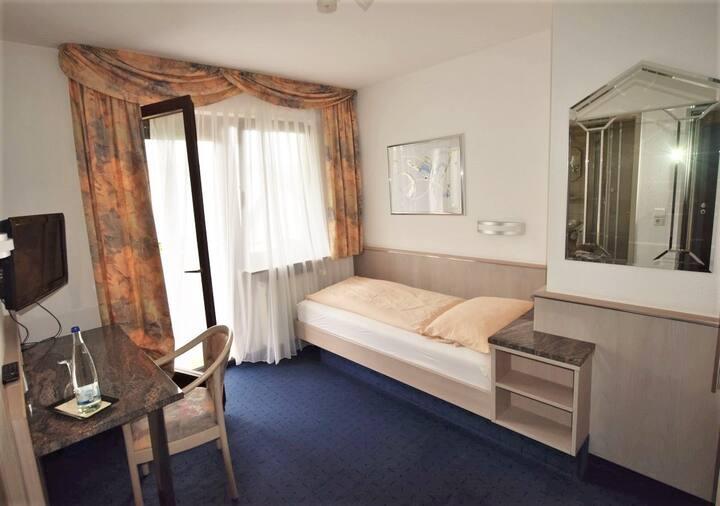 Hotel Alena Neue Messe 06