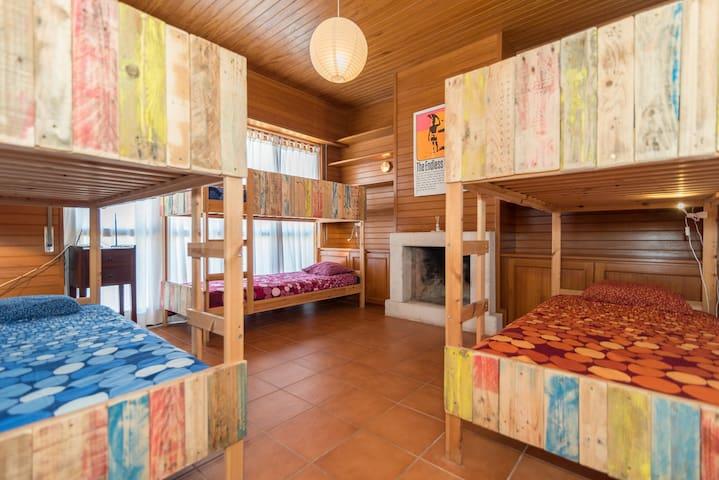 Ticket2Surf | Guesthouse | J-Bay Dorm Room