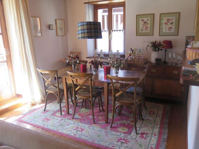 Bonito piso con terraza en Bagergue