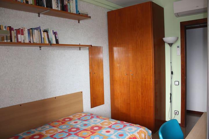 Habitación principal, con cama matrimonio