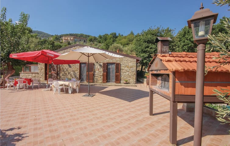 Holiday cottage with 2 bedrooms on 52 m² in Perdifumo SA