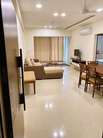 Luxury 3 bed  apt, by Kamatibaug- you'll love it