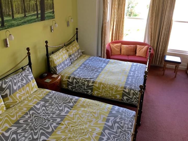 Derrin Guest House B&B - quadruple room